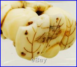 An Antique Japanese Carved Netsuke of a Snail Meiji Period 19th Century