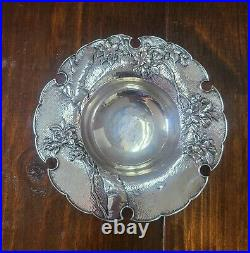 Beautiful Japanese Meiji Period 950 Silver Hammered Repoussé & Hand Chased Bowl