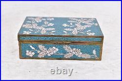 Good Antique Bronze Japanese Cloisonne trinket Box Meiji Period Blue Floral