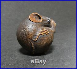 Japanese Carved Netsuke Signed Mouse Edo Meiji Period Wood Y39