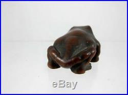 Japanese Meiji Period Wooden Frog Netsuke C1890's