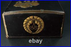 Japanese wooden lacquer Gold Makie Family crest Meiji period WBX49