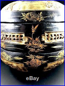 Meiji Period Japanese Jubaku Bamboo 3 Tiered Bento Box Gold & Black Lacquer