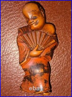 Meiji Period fine carved wooden netsuke of an imperial fan dancer lacquered