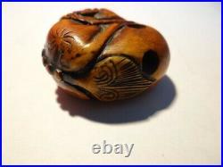 Very Fine Antique Japanese Meiji Edo Period Carved Wood Tiger Netsuke Signed